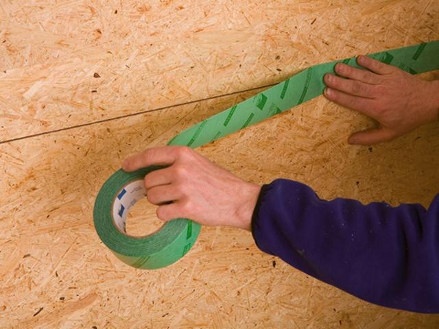 Joints entre panneaux avec rapid cell pro clima france for Comment peindre du mdf